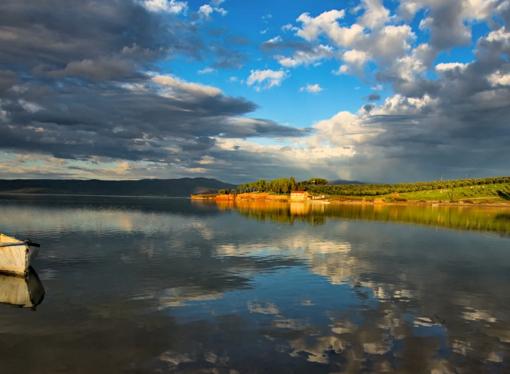 Сон осенью посередине реки (из танской поэзии)